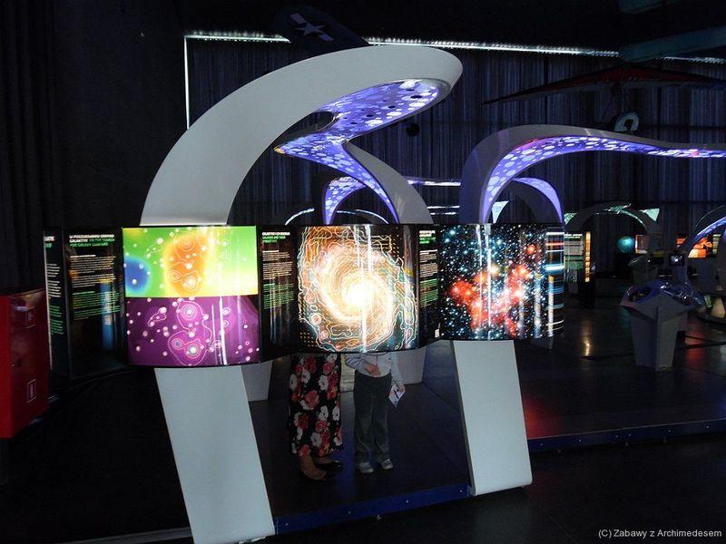 Wystawa MaxPlanck Science Tunnel wMuzeum Lotnictwa Polskiego wKrakowie