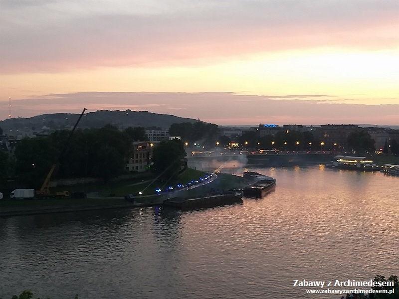 Parada smoków - Nocne widowisko na Wiśle