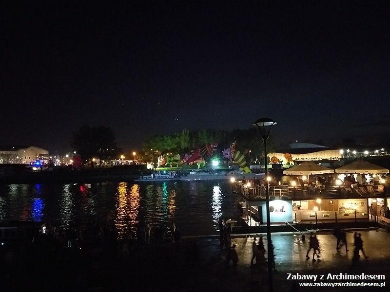 Parada smoków - Nocne widowisko naWiśle