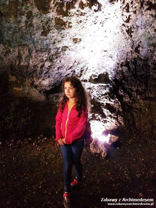 Pierwszy człowiek: Jaskinia Nietoperzowa